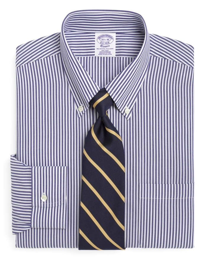 Button-down shirt, la chemise à col boutonnée oupolo-shirt
