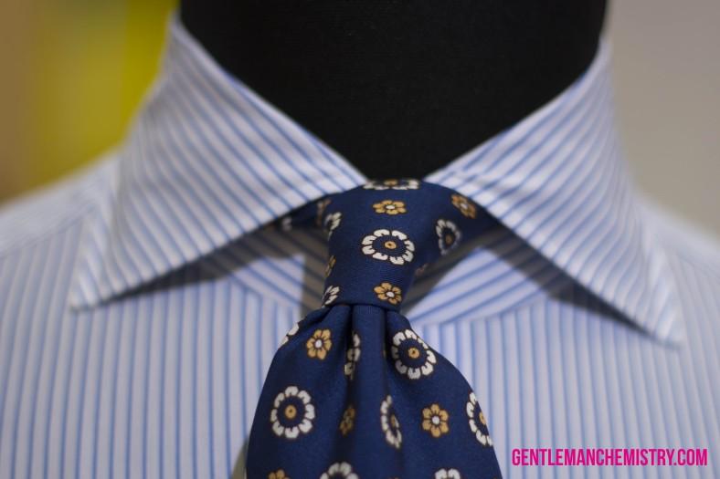 avino blue tie