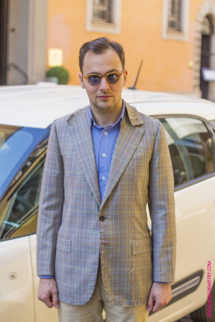 giacca e occhiali copie