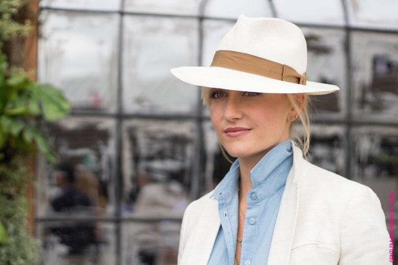 sarah ann murray white hat copie