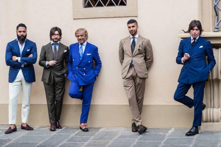 Lino Ieluzzi de la boutique de vêtements masculins Al Bazar avec ses amis Nicola et Valentino Ricci de Sciamat à Florence.