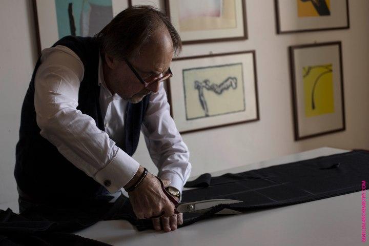 Luigi Dalcuore cutting copie - copie
