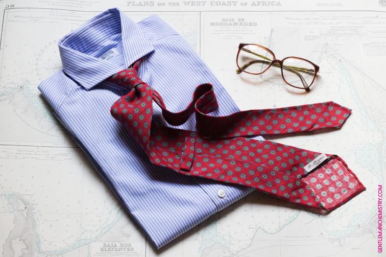 cravatta marino rossa copie