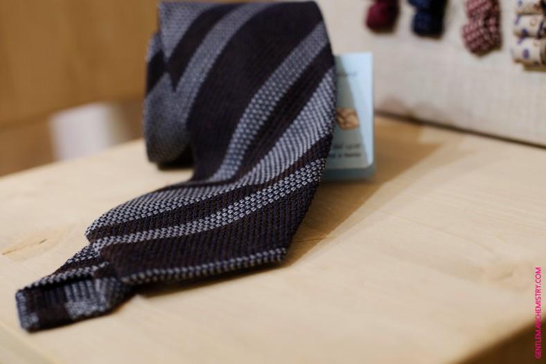 petronius dark brown grenadine tie copie