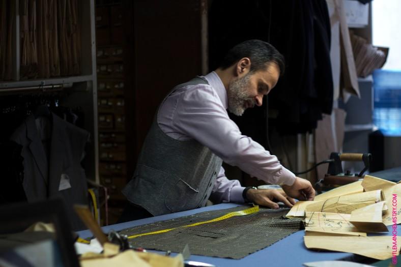 Lorenzo Cifonelli cutting copie