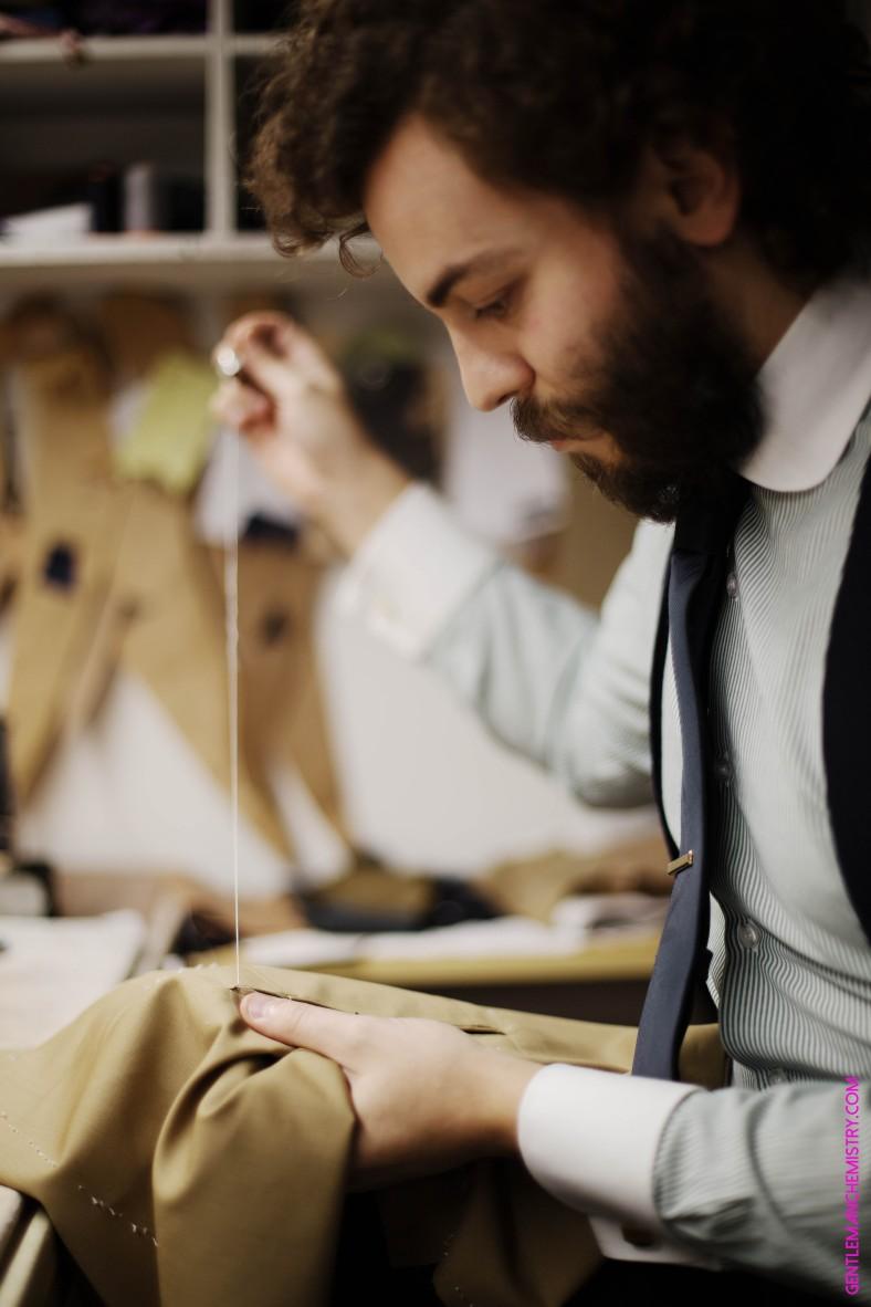tailor at work cifonelli copie
