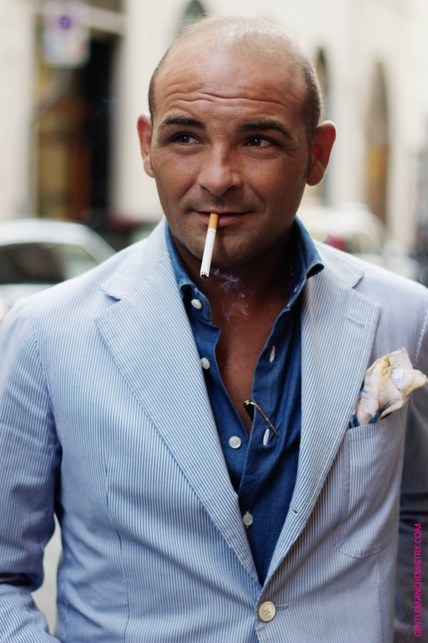 Salvatore Ambrosi con sigaretta in bocca def