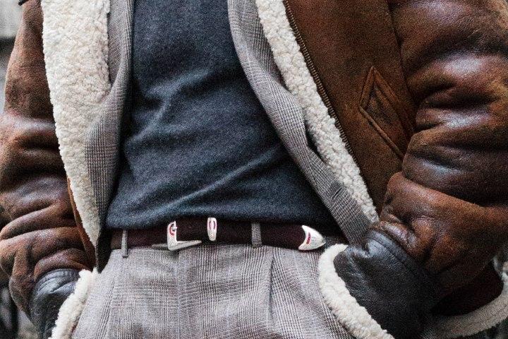 ceinture-silver-ostrich-blouson-b2-shearling-costume-prince-de-galles