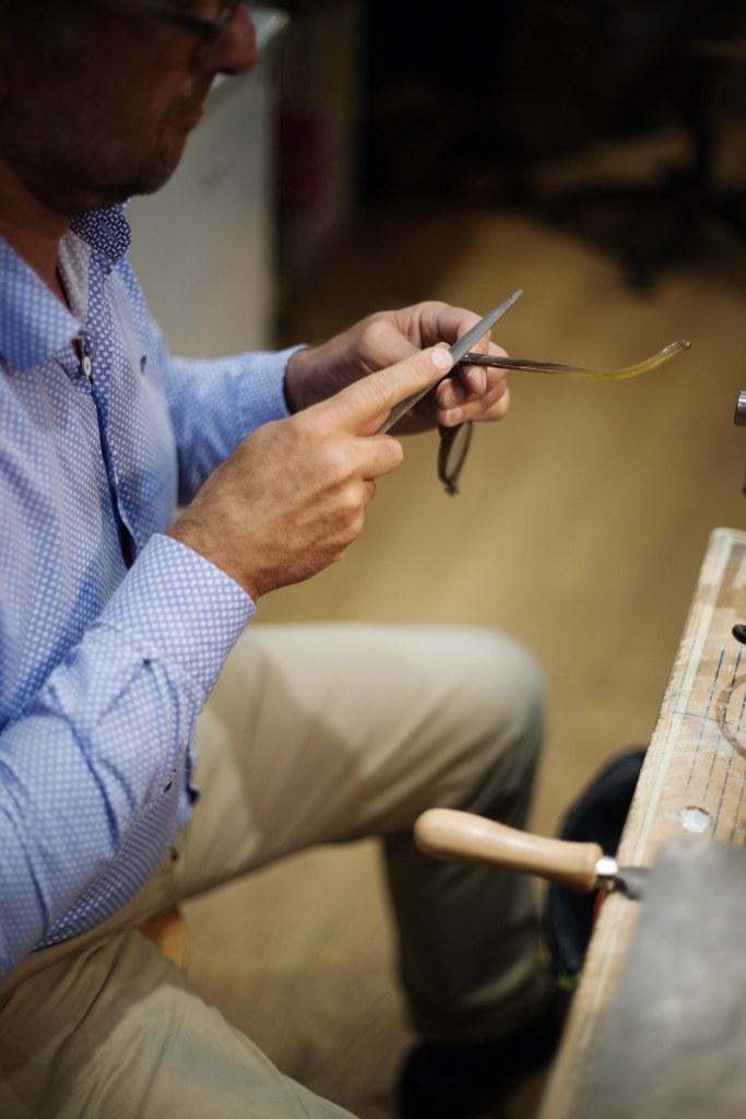 lime-branches-lunettes-sur-mesure-ateliers-baudin
