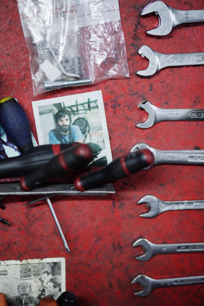 fred-jourden-blitz-motorcycle-outils