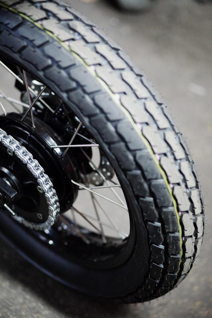 pneu-moto-blitz-motorcycle