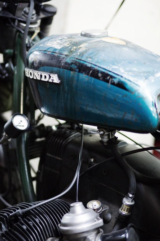 reservoir-honda-moto-bmw-blitz-motorcycle