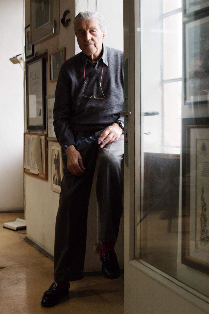 Nino Cerruti, De tisseur d'étoffes de luxe à la Maison de couture des stars d'Hollywood