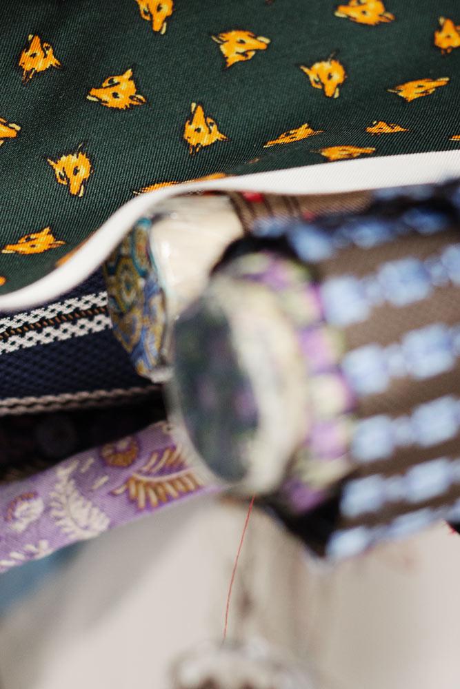 tissu-imprime-renards-arcuri-cravatte