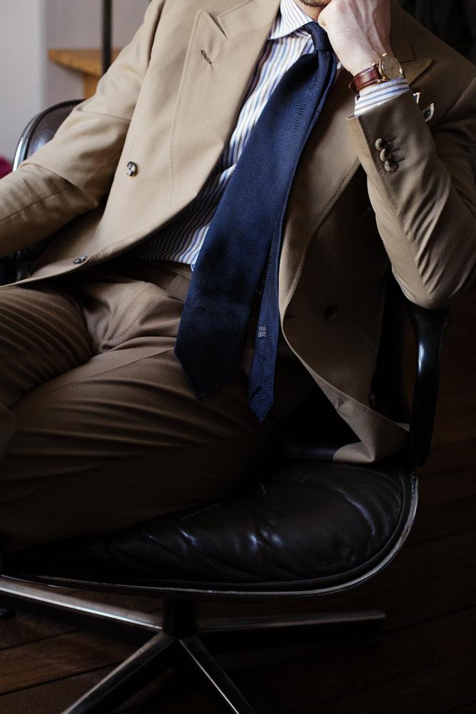 costume-croise-toile-laine-chemise-sartoriale-cravate-buttice-paris-naples